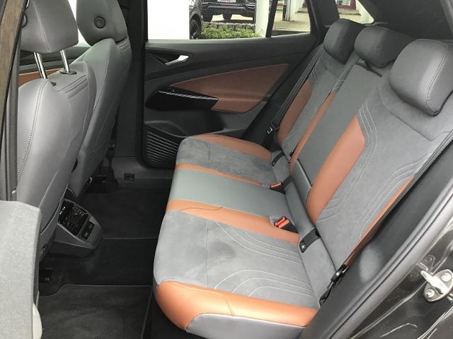 VW  ID.4 1st Max ACC,LED,AHK,NAVI,PANORAMA,DAB+,PDC,,
