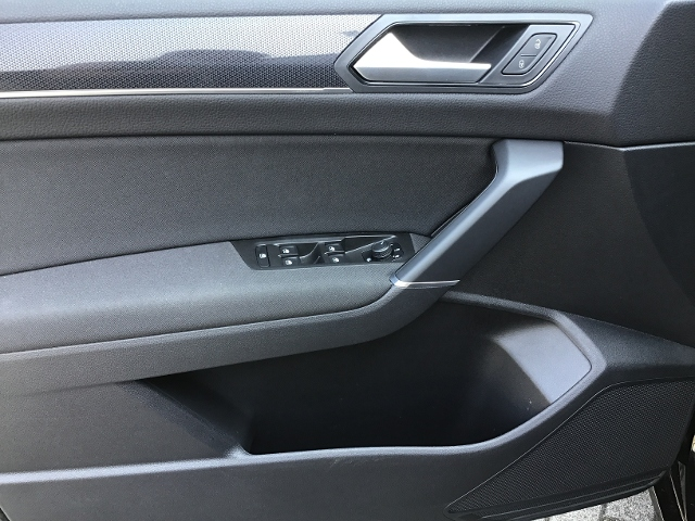 VW  Touran UNITED 2.0TDI DSG,ACC,NAVI,LED,PDC,7-SITZ,