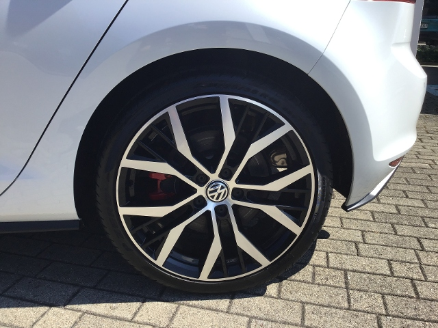 VW  Golf VII GTI PERFORMANCE 2.0TSI 230PS DSG S-DACH,